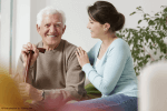 Seniorenbetreuung oder Altenpflege zuhause?