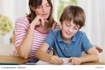 Was ist der Unterschied zwischen Babysitter und Tagesmutter?